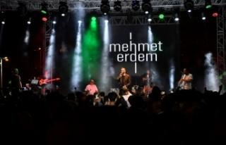 Mehmet Erdem Beylikdüzü'nde unutulmaz bir gece...