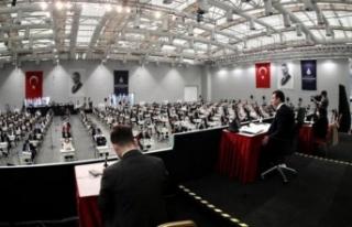 İBB Meclisi'nde AKP'li üyeler 'Geldikleri...