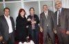 CHP Büyükçekmece Öğretmenlere karanfil dağıttı...