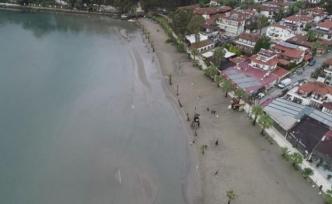 Doç. Dr. Önsoy değerlendirdi: Akyaka'da deniz çekilmesi deprem habercisi mi?