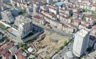 İstanbul'un Esenyurt ilçesi 957 bin 398'e ulaşan nüfusuyla 6'sı büyükşehir olmak üzere 57 ili geride bıraktı.