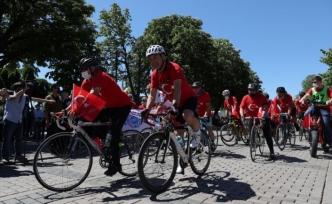 İstanbul'da 102 bisikletli'den 19 Mayıs turu
