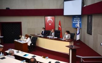 """Turan Hançerli: """"Avcılar'ın kentsel dönüşümde desteğe ihtiyacı var"""""""