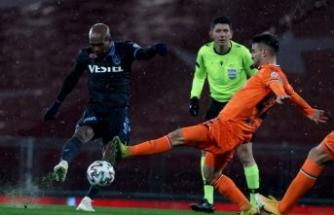 Son şampiyon Başakşehir'i deviren Trabzonspor Süper Kupa'yı evine götürdü