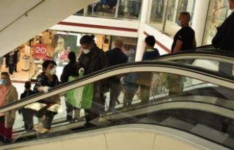 İstanbul'da AVM'ler ve mağazaların kapanış saatleri değişti
