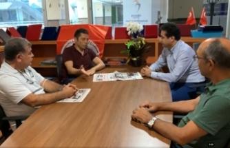 Deva Partisi Esenyurt İlçe Başkanı Halis Kahriman İGD Başkanı Mehmet Mert'i ziyaret etti.