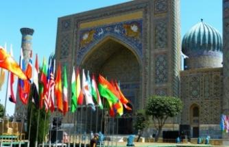 Özbekistan, resmi dilini Türkçe olarak değiştirdi!