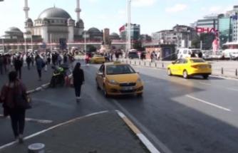 Taksim'de taksi denetimi