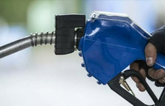 Benzine indirim bekleniyor: Motorin ve LPG'de fiyat değişikliği yok