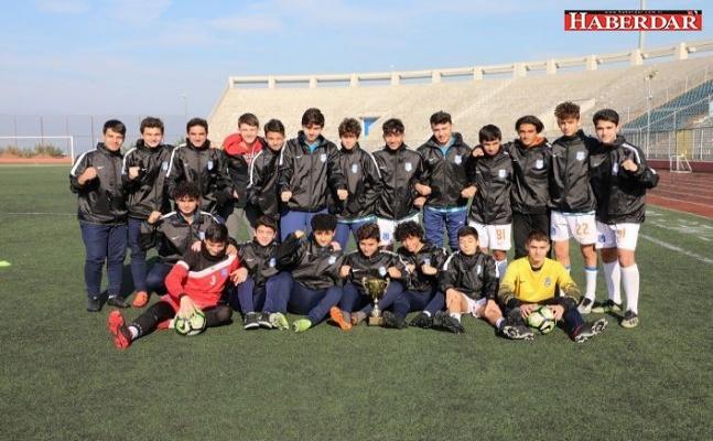 Şampiyon Büyükçekmece Belediyespor!