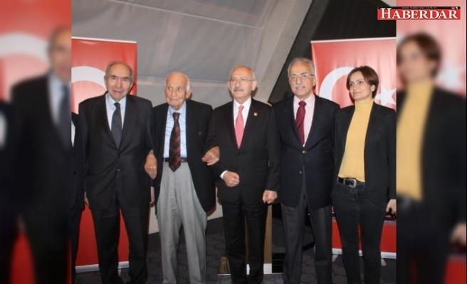 Ülke Politikaları Vakfı CHP'lileri bir araya getirdi