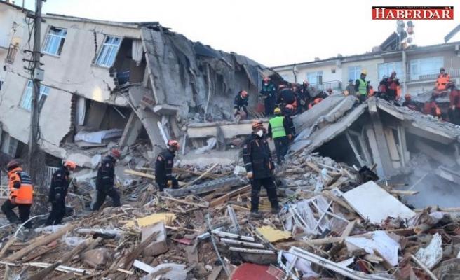 AFAD depremle ilgili son bilançoyu az önce açıkladı!