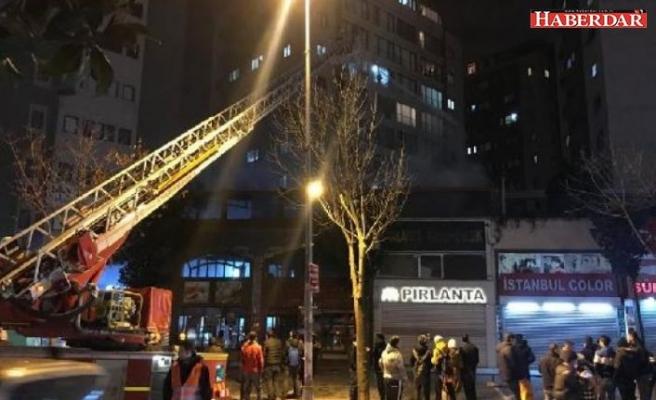 Esenyurt'ta bir kafede yangın çıktı