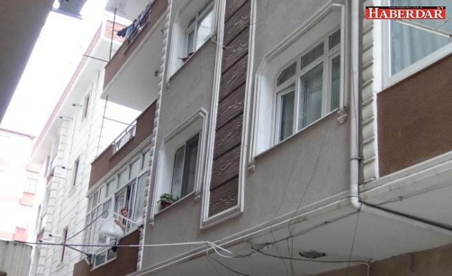 6 aylık bebek balkondan düştü!