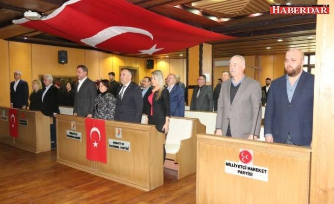 Çatalca Belediye Meclisi Şehitlerimize Saygı Duruşu ile Başladı