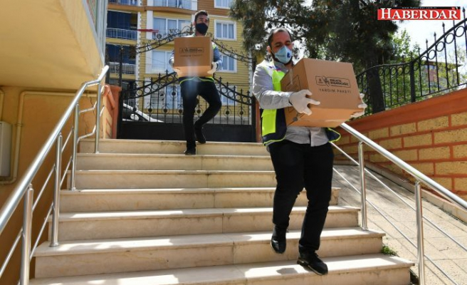 İBB'DEN İHTİYAÇ SAHİPLERİNE BİN 200 YARDIM KOLİSİ