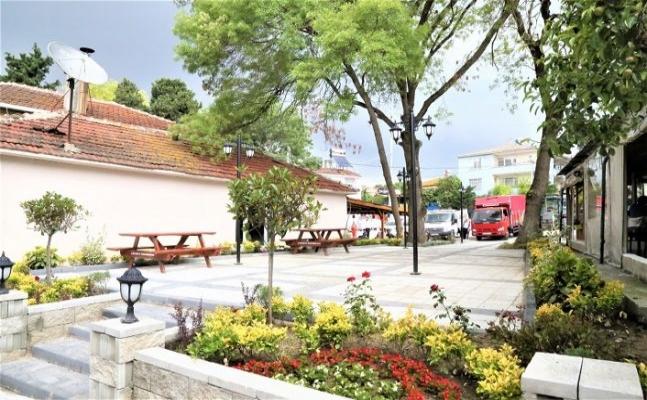 Başkan Mesut Üner'den Mahalle Meydanlarında Büyük Değişim