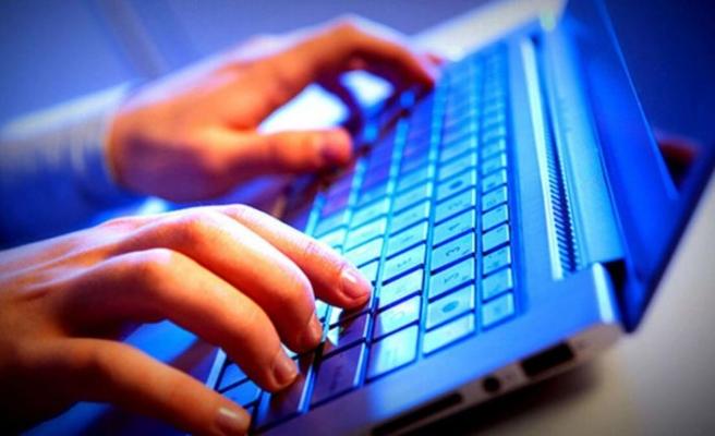 İnternet kafeler ve elektronik oyun yerleri açılıyor
