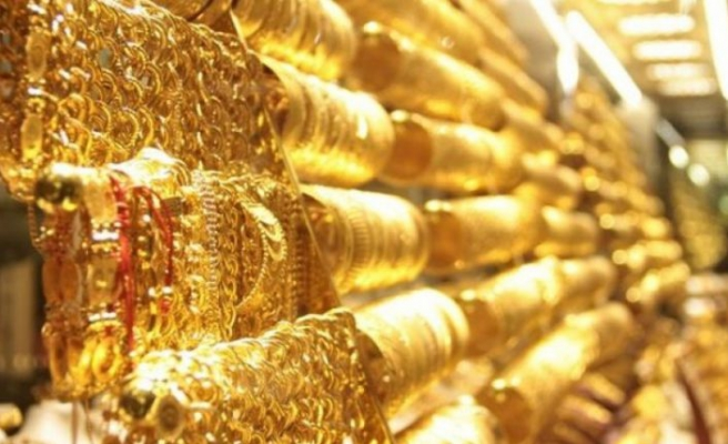 Altın tüm zamanların rekoruna koşuyor