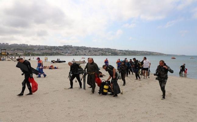 Büyükçekmece sahilinin temiz çıkması balık adamları mutlu etti