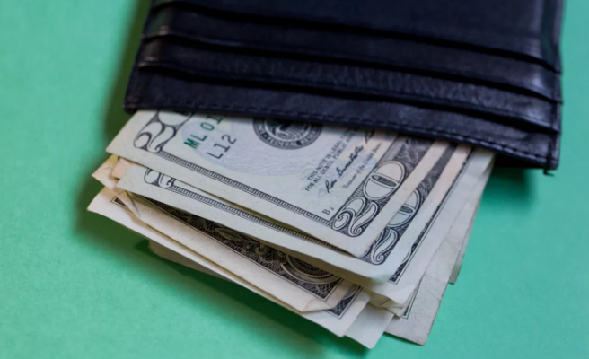 Dolar haftanın son gününe yükselişle başladı