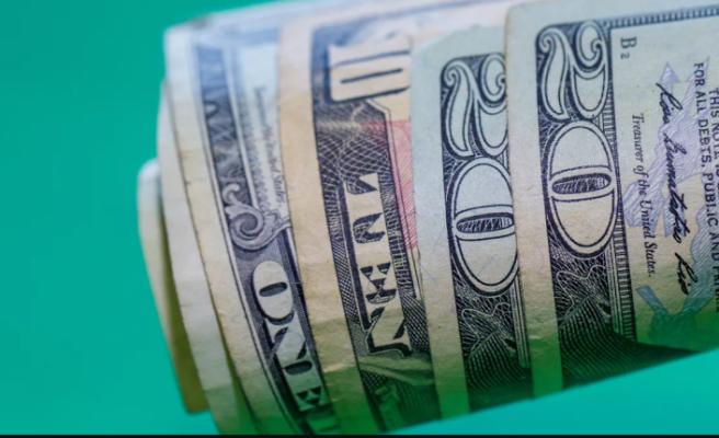 Tarihi zirvesini gören dolar yeni haftaya nasıl başladı?