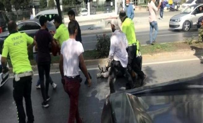 Beylikdüzü'nde trafik kazası sonrası kavgaya biber gazlı müdahale