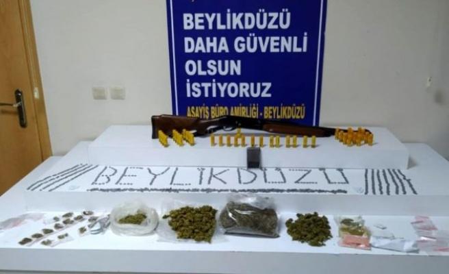 Beylikdüzü'nde uyuşturucu satılan villaya operasyon