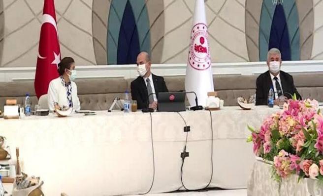 İçişleri Bakanı Soylu, Silivrili muhtarlar ile bir araya geldi