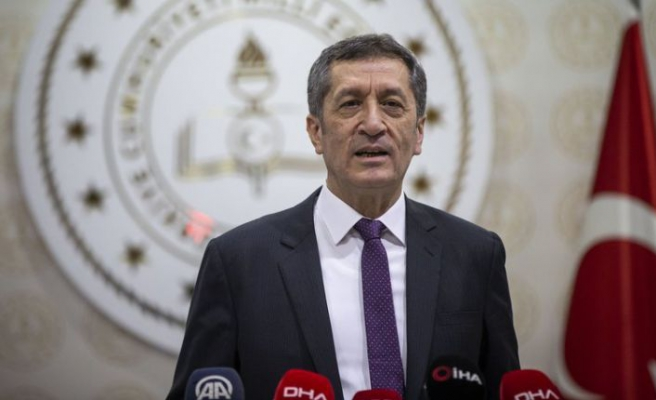 Milli Eğitim Bakanı Ziya Selçuk açıkladı: Okullar açılıyor!