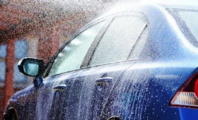 Uzmanlardan kritik kuraklık uyarısı: Araba ve halı yıkama gibi hoyratlıklara son verin