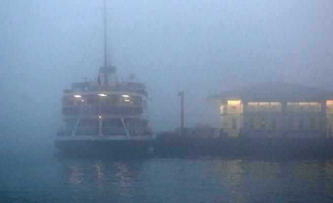 İstanbul'da sis nedeniyle şehir hatlarında bazı seferler iptal edildi