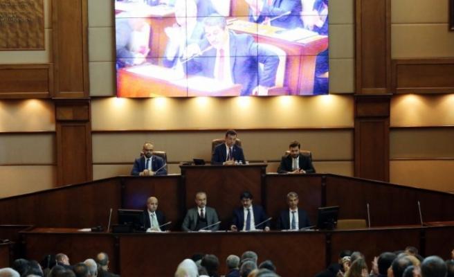 İBB Meclisi'nde 'tetikçi müfettiş' tartışması