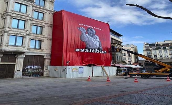 İstanbul Büyükşehir Belediyesi'nden Nusret posteri açıklaması
