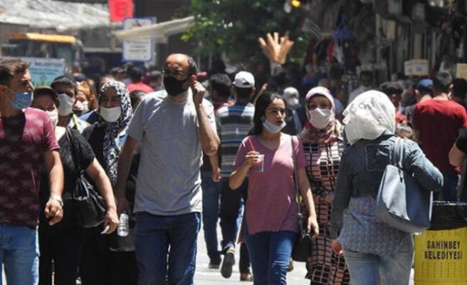 Koronavirüs salgınında Türkiye'yi neler bekliyor? Prof. Dr. Özlü anlattı