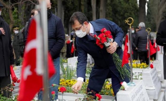 Çanakkale Şehitleri Edirnekapı Şehitliği'nde anıldı