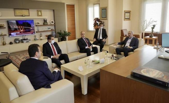 Ekrem İmamoğlu AK Parti İstanbul İl Başkanı Osman Nuri Kabaktepe'yi ziyaret etti