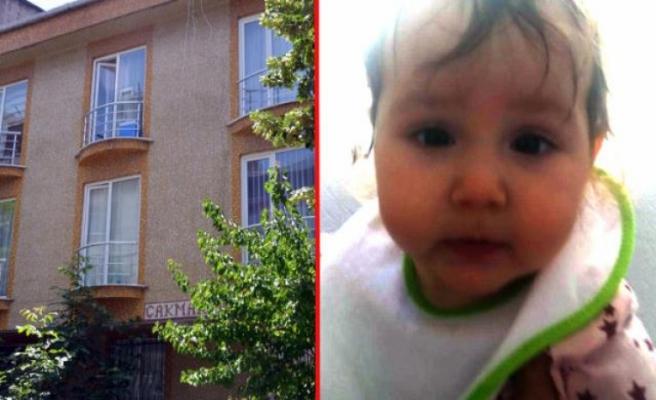 1 yaşındaki minik Lina, balkondan korkulukların üzerine düşerek yaşamını yitirdi
