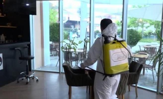 Esenyurt'ta toplu kullanım alanları dezenfekte edildi