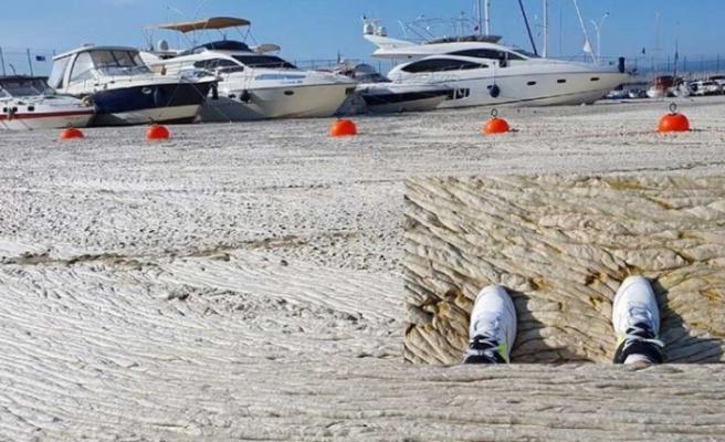 Marmara Denizi beton gibi oldu, denizin üstünde yürüdü!