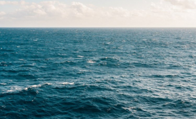 Denize girmeyi düşünenler dikkat: Vajina, cilt ve mide iltihabı riski!