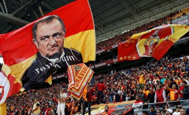 Galatasaray üç transfer birden açıkladı: Paylaşımlarda dikkat çeken detay