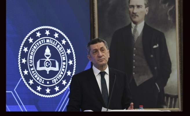 Milli Eğitim Bakanı Ziya Selçuk istifa etti.