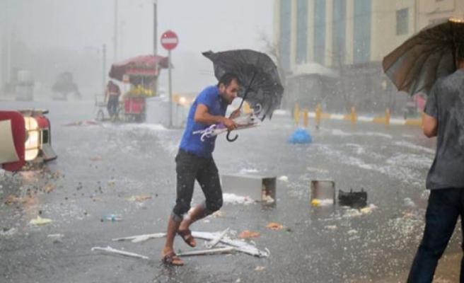 """Trakya ve İstanbul açıklarında """"süper hücre"""" oluştu! Sağanak yağış bekleniyor"""