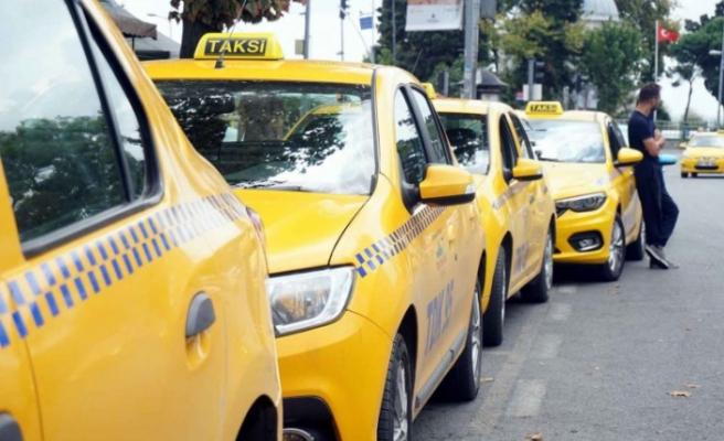 UKOME'nin İBB'nin taksi talebini reddetmesi sonrası çarpıcı rapor: 'İstanbullular yetersiz buluyor'