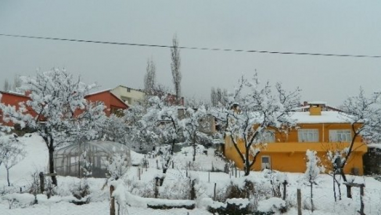 Baharı beklerken yine kar geldi