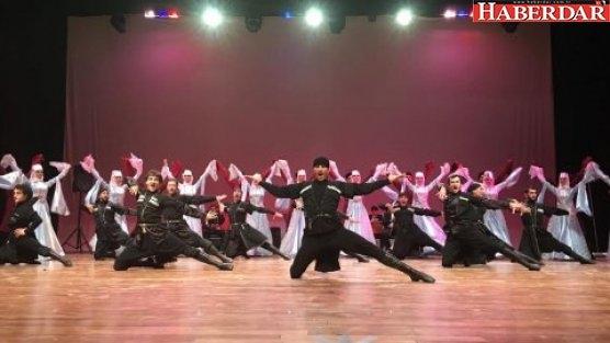 Bakırköy'de kafkas dansına yoğun ilgi