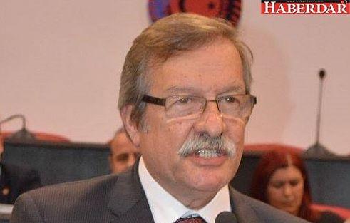 """CHP'den """"Ertuğrul Gülsever'e adaylık baskısı"""