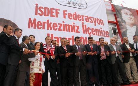 İSDEF'İN MERKEZİ ESENYURT'TA AÇILDI