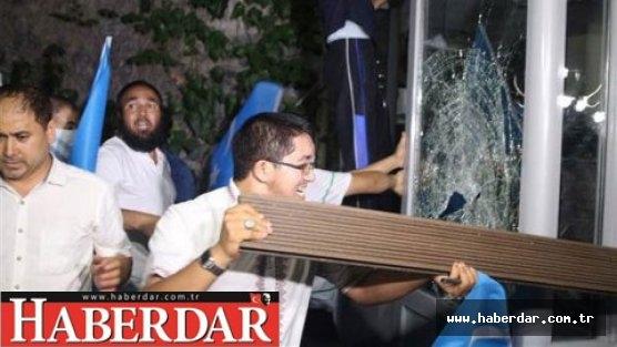 İstanbul'da Konsolosluk bastılar